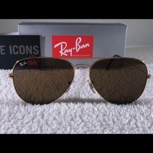 Ray-Ban Aviator Series